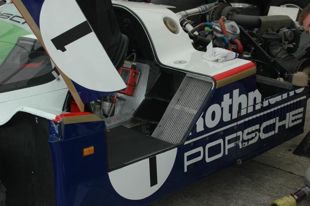 Porsche962_072